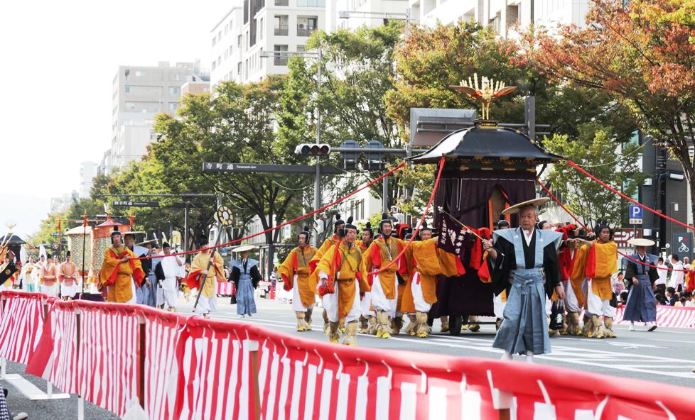 京都三大祭・時代祭。現代によみがえる時代絵巻を楽しもう!