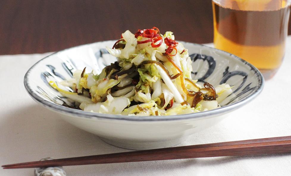 白菜使いきりレシピ vol.1 自然な甘みの「白菜と塩昆布の浅漬け」
