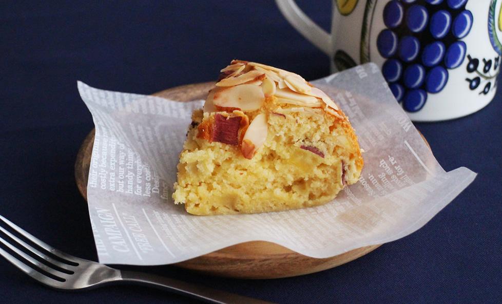 芋と白みそは相性抜群!炊飯器で簡単!「さつまいもと白みそのケーキ」