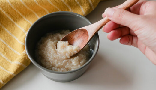 旨味・甘味・コクの三重奏! 10分でできる発酵調味料「玉ねぎ塩麹」の作り方